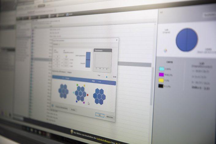 Farbkorrektur im Digitaldruck