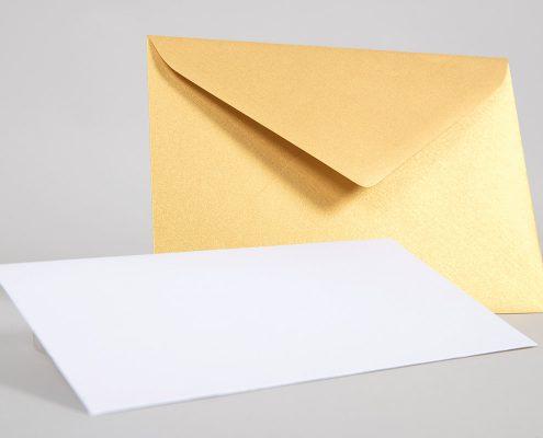 Glitzernde Briefhüllen