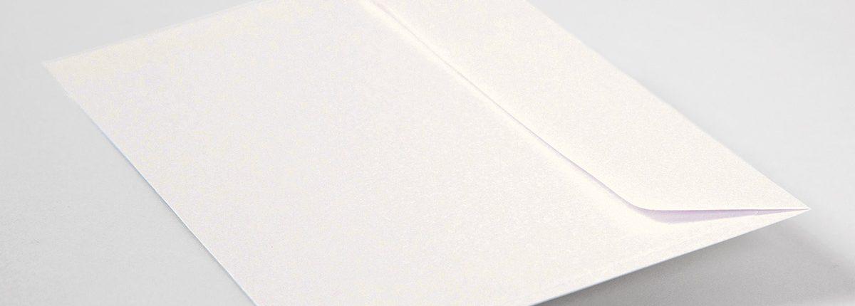 Briefhülle mit Perlmutt-Glanz